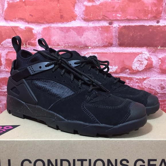 a2949a7db Nike Shoes   Air Revaderchi Acg Mens Black Anthracite   Poshmark